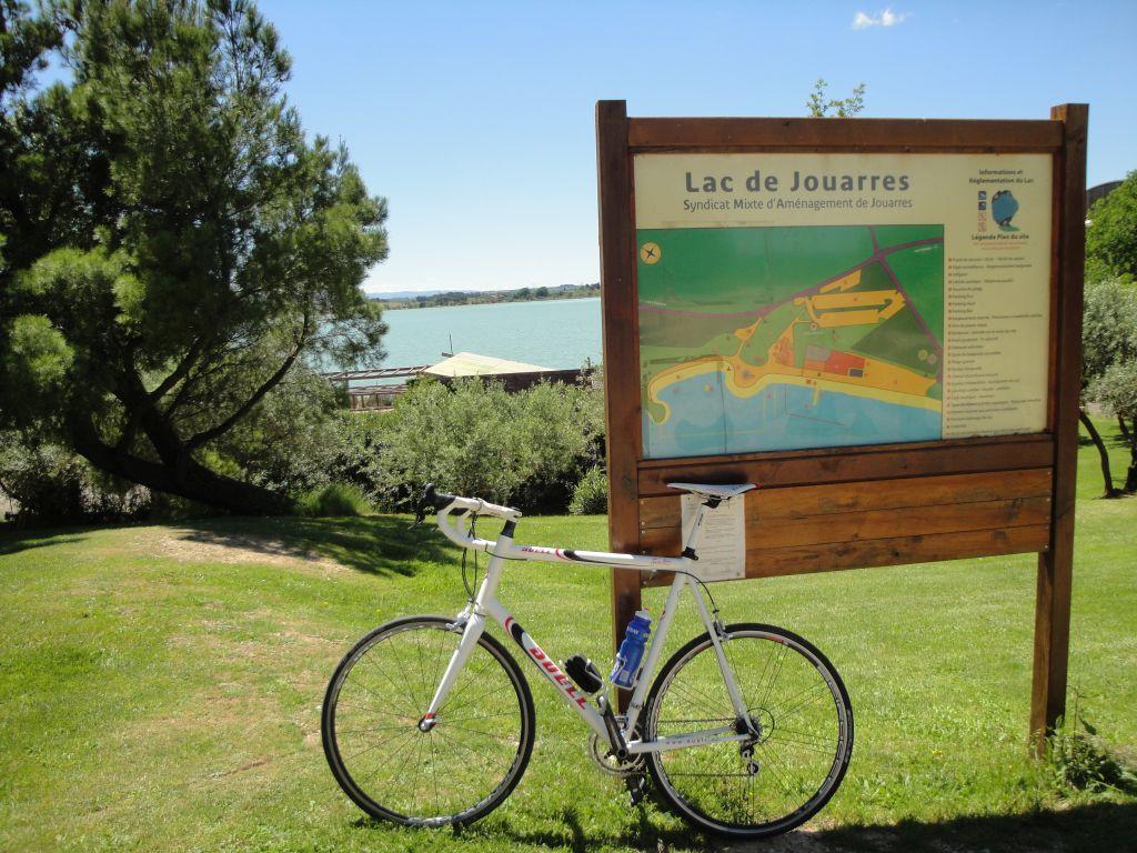 fiets-bij-Lac-de-Jouarres-verkleind