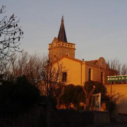 Kerk en restaurant Auberge Saint Martin, voorheen de school