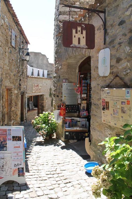 pittoresk-straatje-Minerve-Hérault