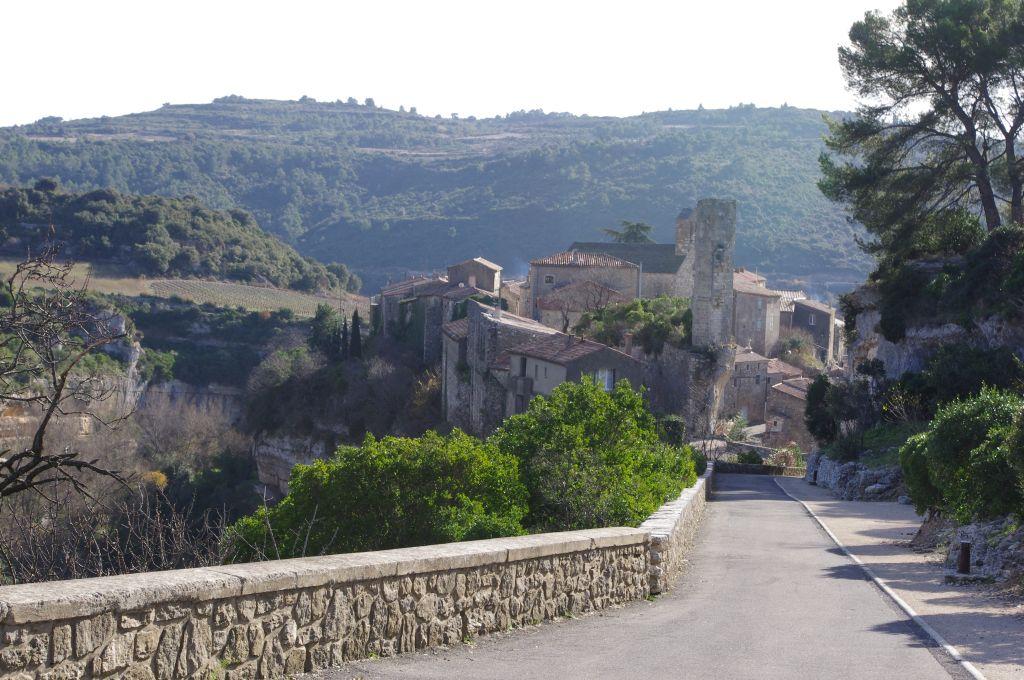 Minerve-toegang-dorp-Hérault