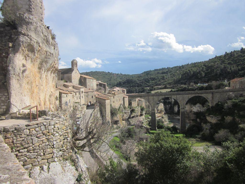 zicht-op-Minerve-Hérault