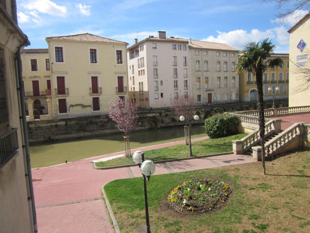 Narbonne-achterkant-kathedraal-Saint-Just-Saint-Pasteur-Aude