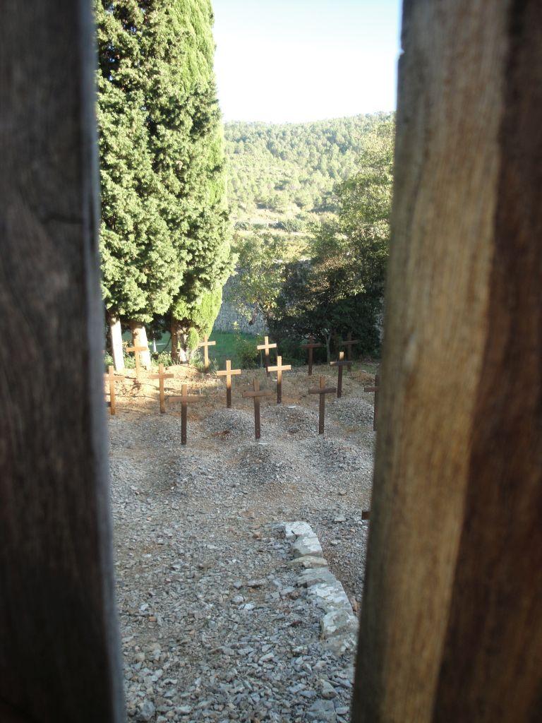 begraafplaats-abdij-Lagrasse-Corbières-Aude