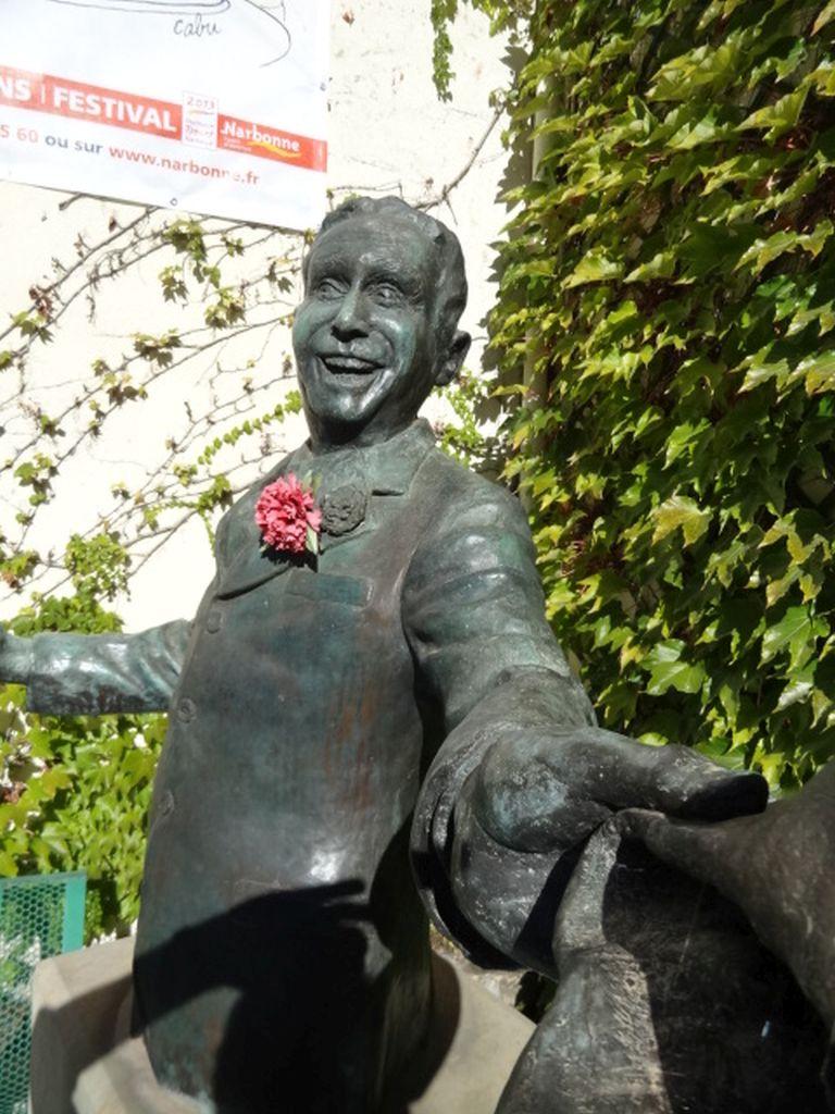 standbeeld-Charles-Trenet-Narbonne-Aude