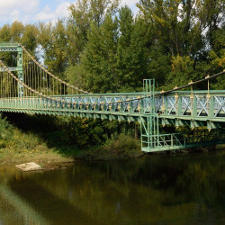 Pont de Tarassac qui enjambe l'Orb/Gorges d'Héric